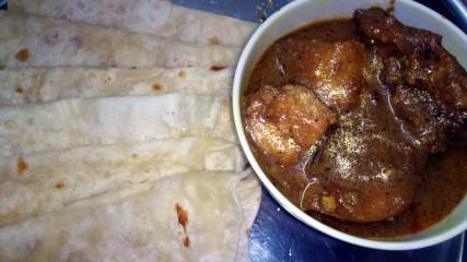 Chicken Curry with Paratha